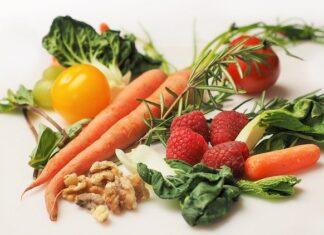 Warzywa i owoce na diecie paleo